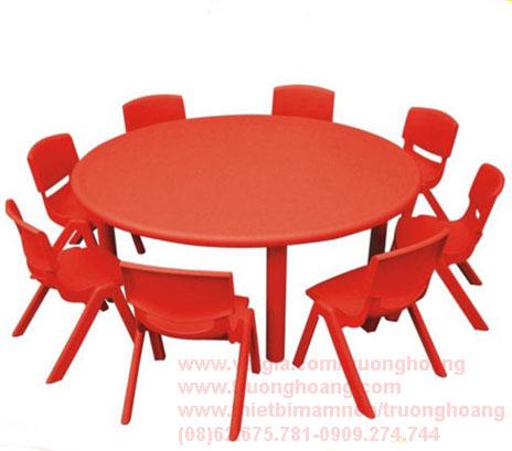 Bàn ghế cho trẻ