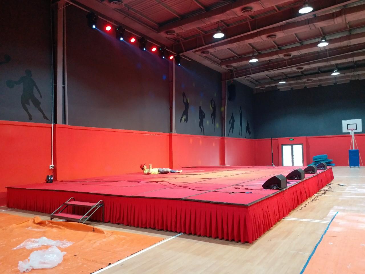 Bục sân khấu lắp ráp